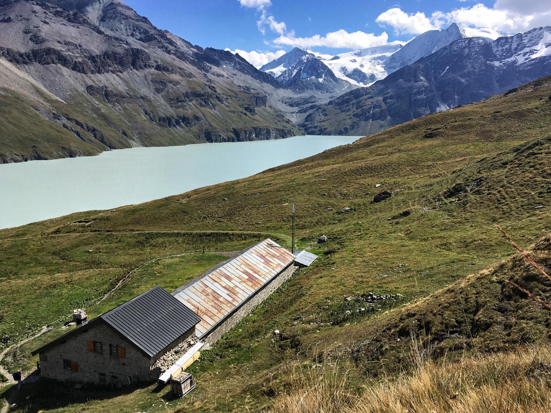 Les cabanes du Val des Dix