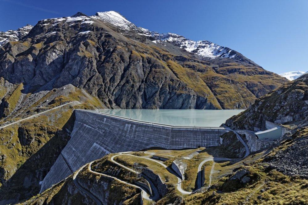 Sur les traces des bâtisseurs du barrage de la Grande Dixence